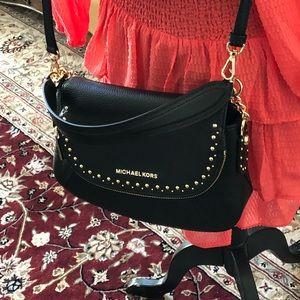 c3732e20089f Michael Kors Bags - NWT Michael Kors studded Aria MD Conv Handbag